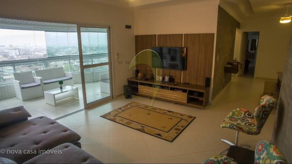 Alugar Apartamento / Padão em Maceió apenas R$ 2.000,00 - Foto 1
